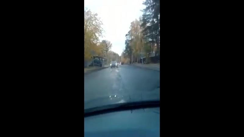 В Озёрске повторно делают дорогу в дождь