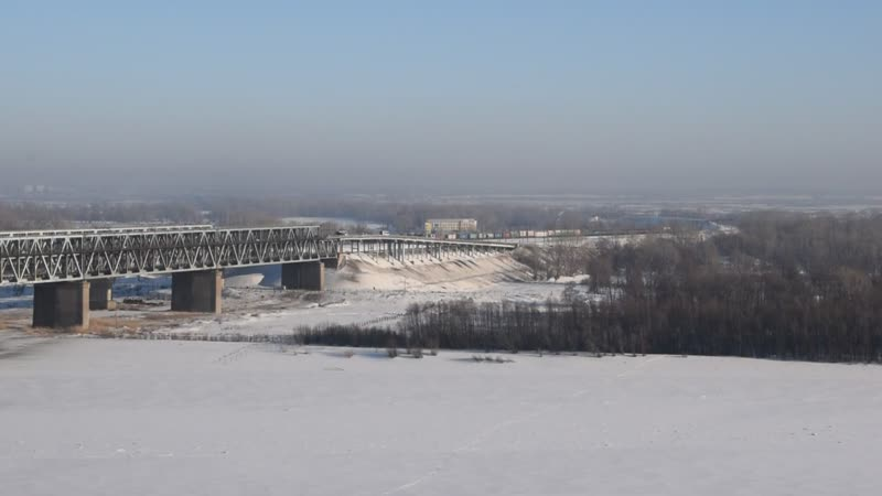 Звук 10Д100. Тепловоз 2ТЭ10М-0961 на мосту через Обь.