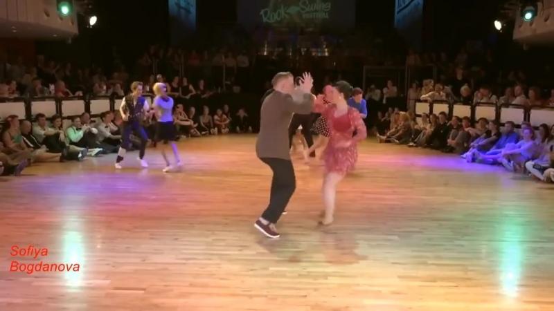 Супер красиво танцуют!128536; Морская пена127796; Band ODESSA128153;