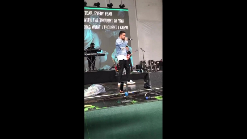 Liam Payne performing ForYou at NickSlimeFest in Chicago