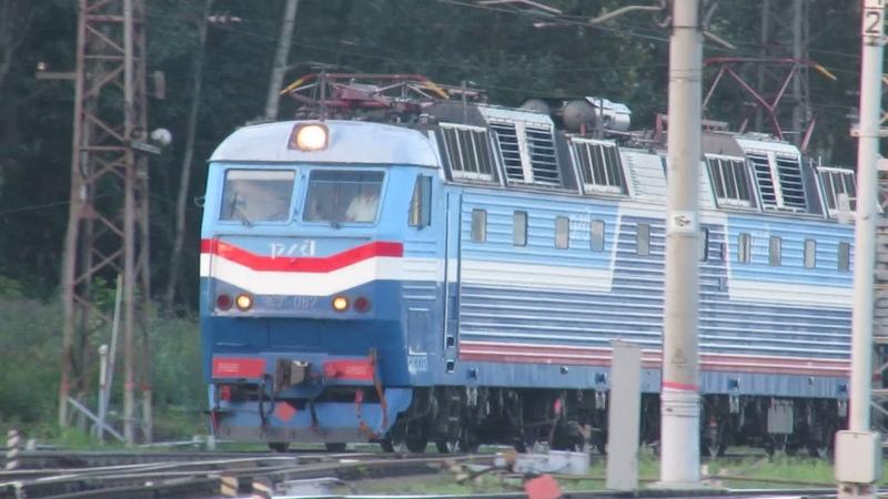 Электровоз ЧС7-067 с поездом №005Я Москва - Киев станция Нара 8.07.2018