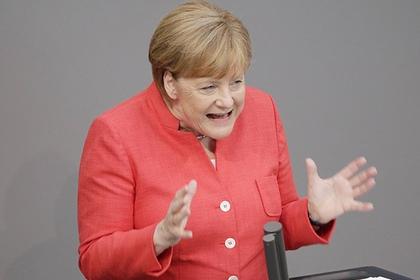 Меркель распекла Трампа  Продолжение: Макрон встал на сторо