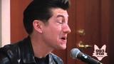 Arctic Monkeys - Do I Wanna Know (Fox Uninvited Guest)