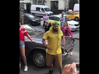 Без запикивания Томер «Ахуянна, братан!» снимает клип в Москве