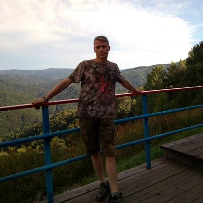 Геннадий Петров