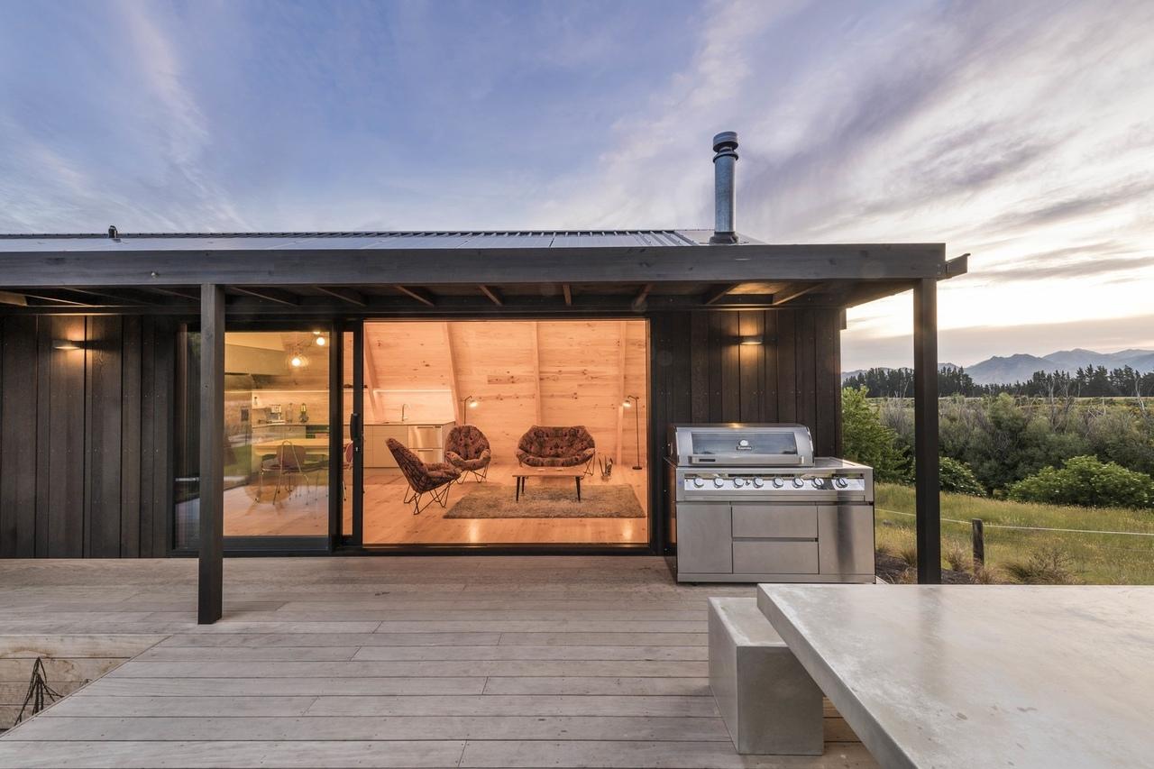 The Family Bach / Cymon Allfrey Architects