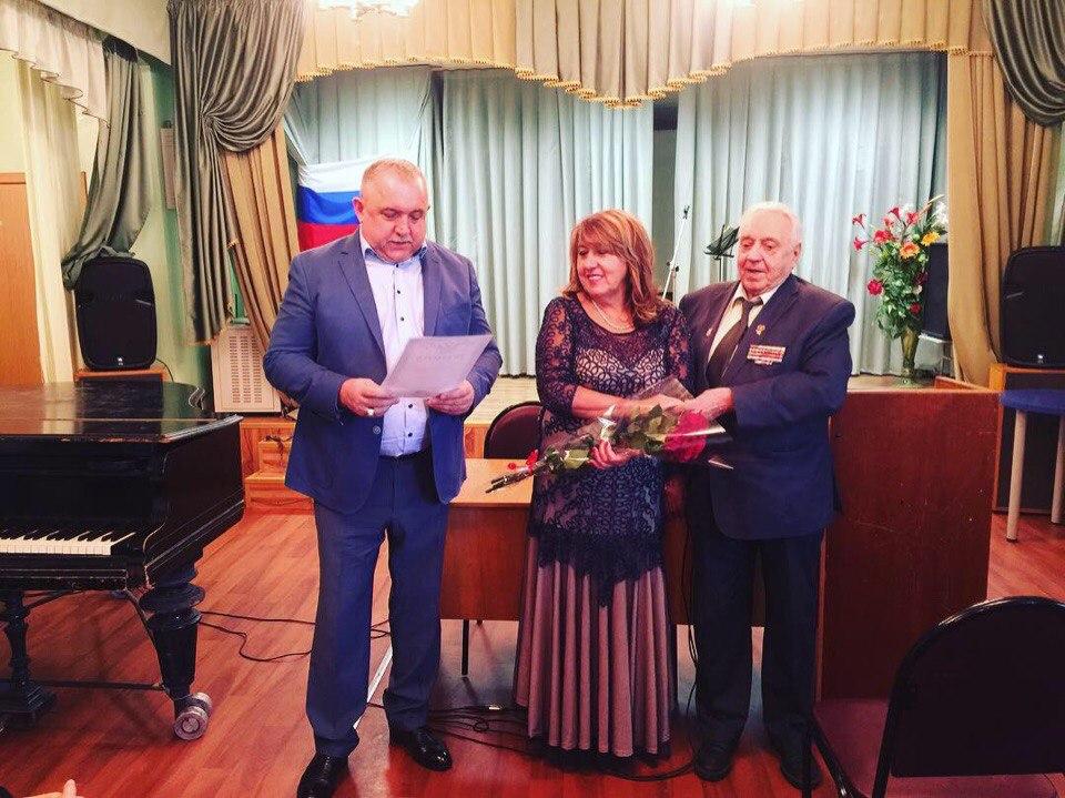 Доклад об истории комсомола зачитали в «Родничке» на Юннатов