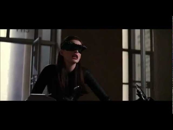 The Dark Knight Rises -Catwoman saves Batman [High Definition]