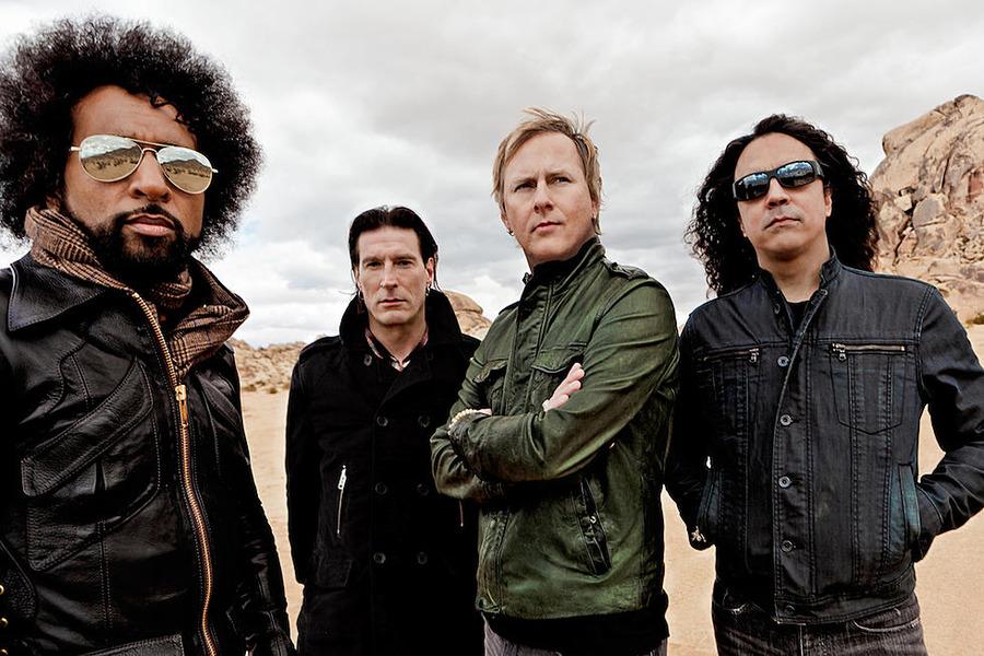 Alice In Chains - Black Antenna- Episode 08 (So Far Under)