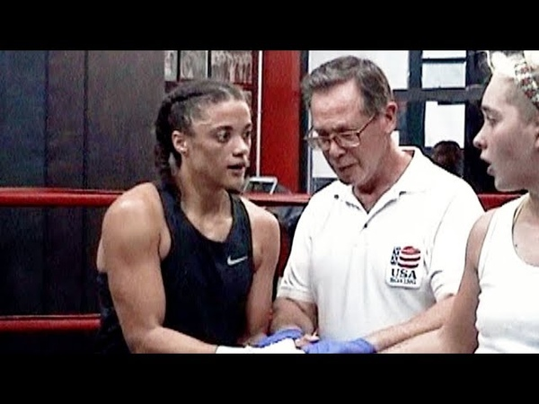 Alyssa Marsh / Meredith Berly : Gleason's Gym Boxing : 135 lb. 3 rounds