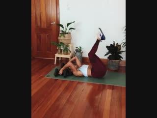 упражнение на спину и пресс