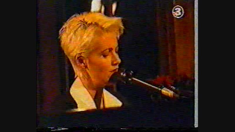 Marie Fredriksson Medan tiden ar inne (Live on Halv8 Show)