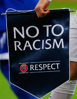 Как же задолбало нытье про расизм в спорте. Это очень глупо