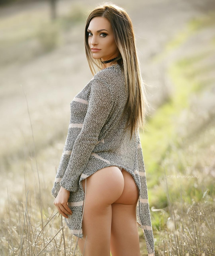 Jennifer bunney nude pics