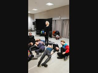Полина Гагарина в роли Бабушки