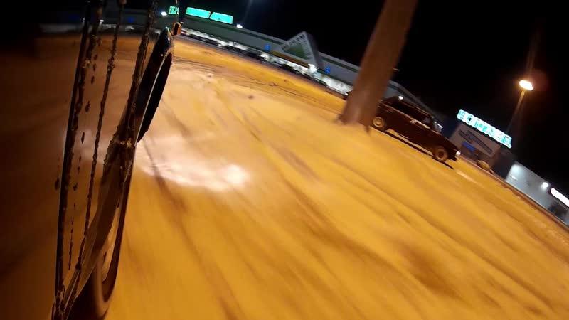 ночь улица фонарь парковка дрифт