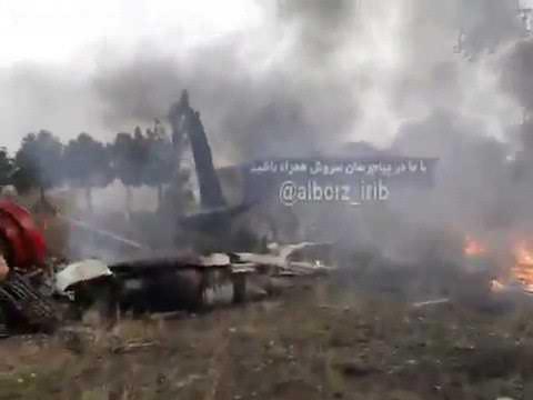 Видео с места крушения Боинга 707 в Иране