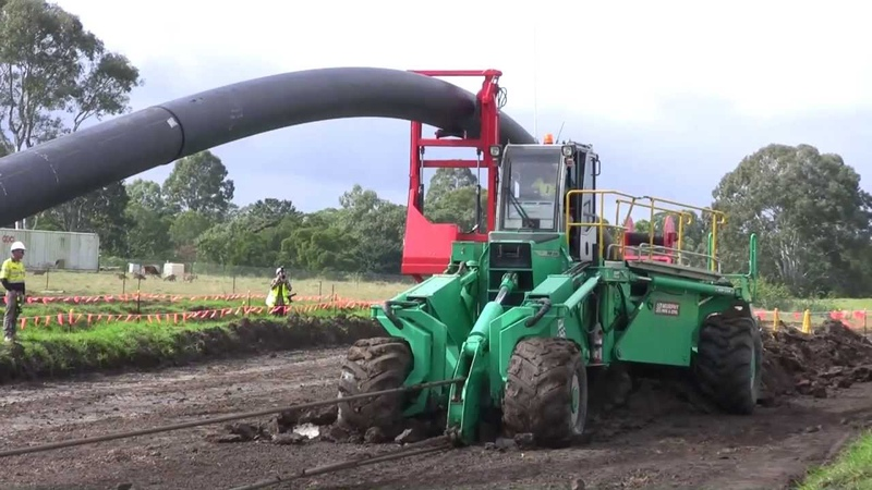 630mm OD pipe installing with foeckcrawler and foeckplough from Walter Föckersperger