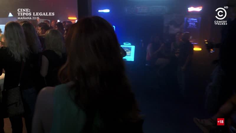 Resacón en Las Vegas. Ellas también (2013) Best Night Ever sexy escene 01
