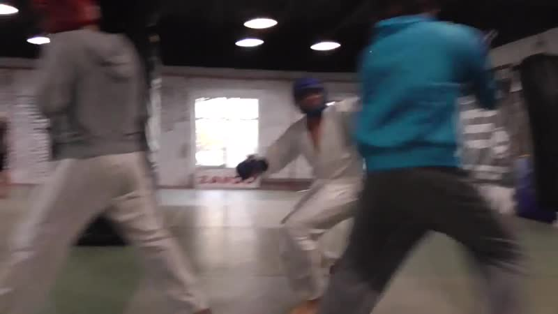 Тренировка по прикладной технике рукопашного боя, спарринги палка - нож
