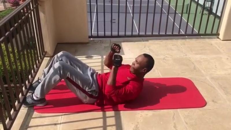 Тренировка мышц кора от Рэя Леонарда