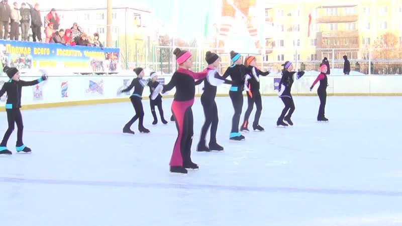 Поздравления участникам турнира от воспитанниц Лилии Борисовой.