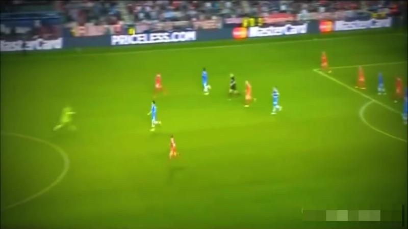 Manuel Neuer ● Crazy moments ● Мануэль Нойер ● Сумасшедший моменты ( 720 X 1280 ).mp4