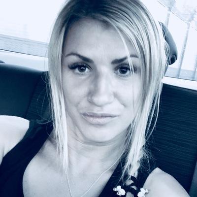 Аня Петровская