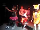 Эмма танцует Цыганочку....