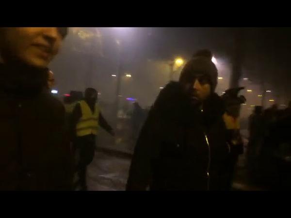01122018 Gilets jaune Paris en feu