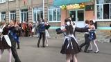 Школьный вальс на последнем звонке.СШ №1 имени А.С.Пушкина. г.Узда