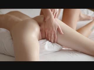Emily bloom [720p, porn, sex, lesbi, orgasm, порно, порево, массаж, эротика, секс, лесби, массаж, оргазм]