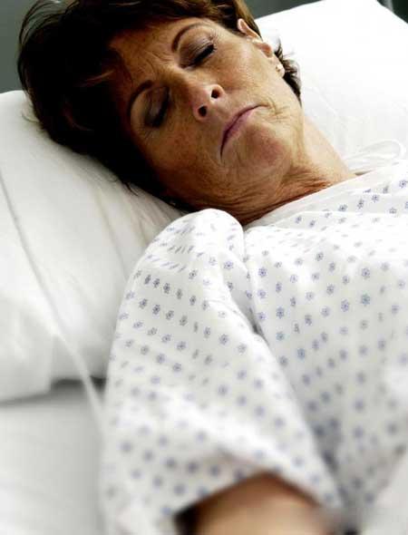 У некоторых людей с отравлением паракватом могут возникнуть судороги, шок или кома.