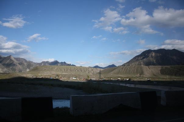 Красивое горное плато. Такое ровное, словно созданное человеком.