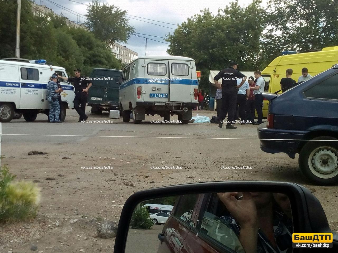 В Уфе посреди проезжей части обнаружен труп мужчины с огнестрельным ранением