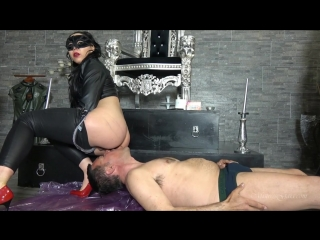Mistress gaia - shit face pleasure