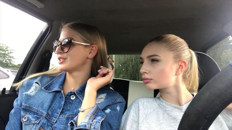 Настя Гонцул on Instagram Осторожно На дорогах можно встретить таких дамочек 🤦♀️😂 Подруга по уму @anna sulima блондинка бабы машины баба