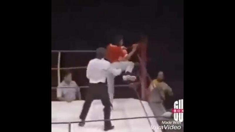Тот момент, когда бокс становится интересным😁🤜🤛