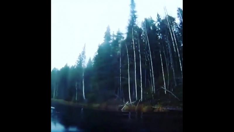 Экстрим-прыжок с парашютом на мотоцикле в реку