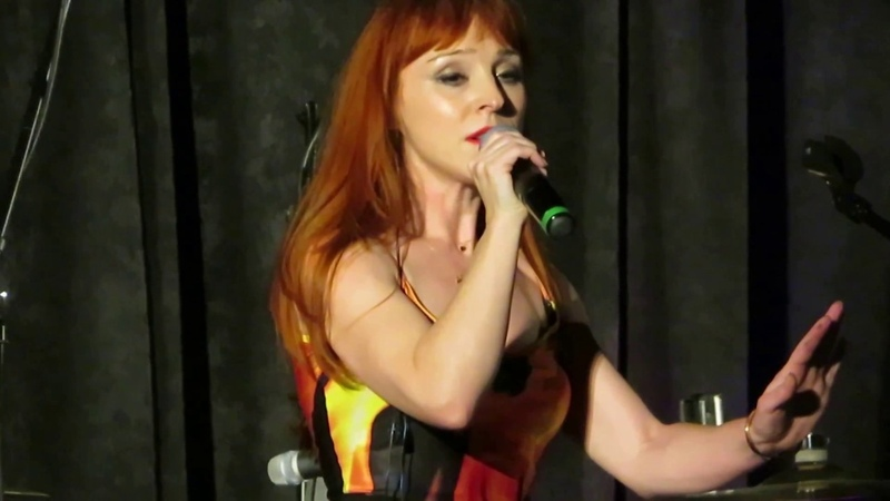 Ruth Connell Singing at The Saturday Night Special (SPNPitt Con 2018)