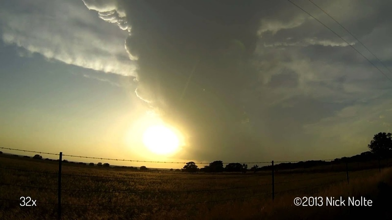 May 30, 2013 Supercell completely evaporates - 32x Time Lapse