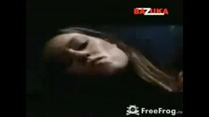 Dvj_bazyka_sliping_away