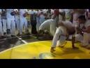 Mestre camisa jogando Benguela.
