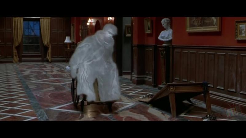Дуэль Дуайта и призрака - Очень страшное кино 2 (2001) - Момент из фильма