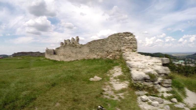 Кременецкий замок — фортификационное оборонительное сооружение в Кременце Тернопольской области.