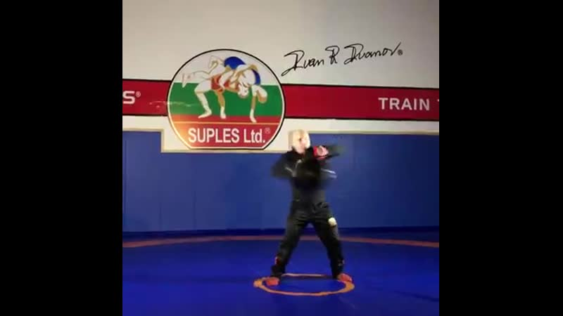 The Grand Master coach Ivan Ivanov Amazing as always! Speed training with the Suples Ball