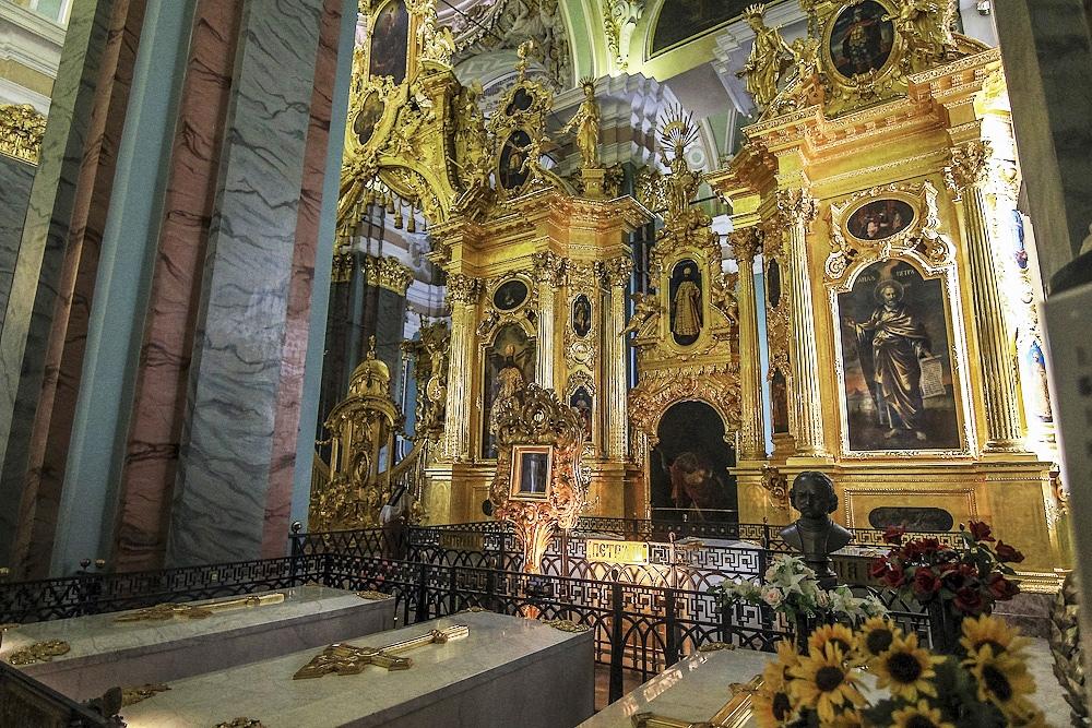YU78OYaOlUI Петропавловский собор в Санкт-Петербурге.