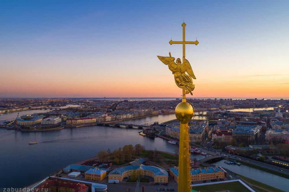 iFJT1u9s7VY Петропавловский собор в Санкт-Петербурге.
