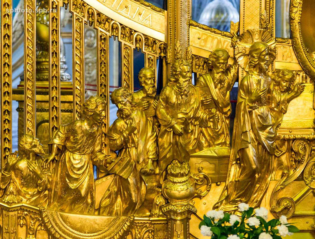 yaXlLCf0TuI Петропавловский собор в Санкт-Петербурге.