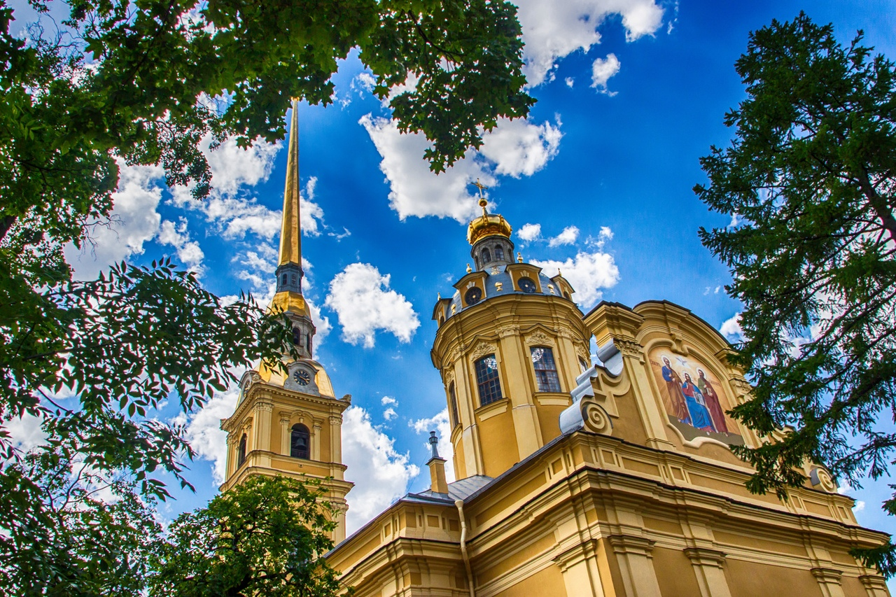 Js5zZ0EVfKg Петропавловский собор в Санкт-Петербурге.